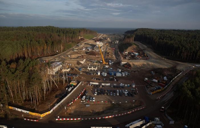 Listopad na terenie budowy kanału żeglugowego na Mierzei Wiślanej (foto, wideo)-GospodarkaMorska.pl