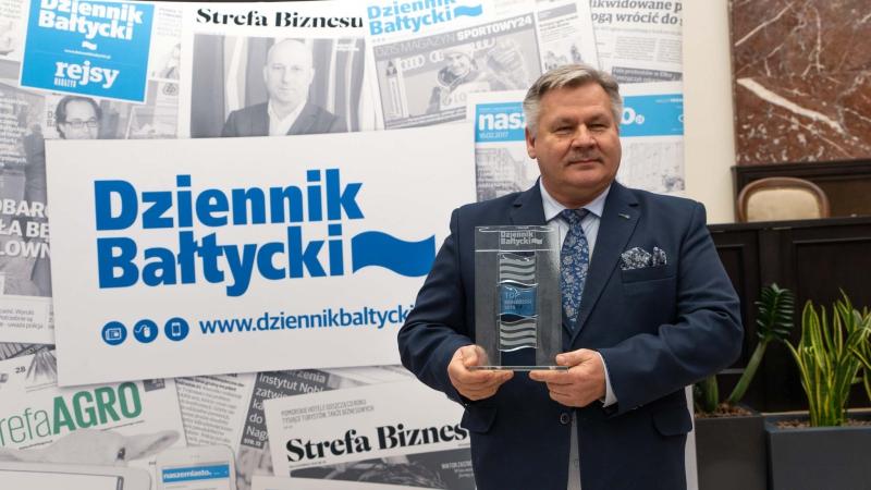 Prezes Zarządu Morskiego Portu Gdynia SA ze statuetką TOP Menedżera 2019 (foto, wideo)-GospodarkaMorska.pl