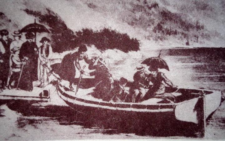 Niezwykłe odkrycie na dnie Morskiego Oka. Ratownicy natrafili na zatopioną łódź [foto]-GospodarkaMorska.pl