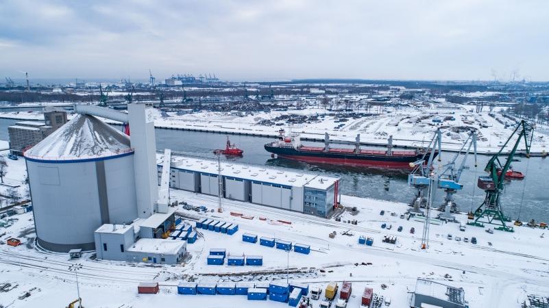 Pionierski załadunek 15 tysięcy ton cukru w nowym Terminalu Cukrowym w Porcie Gdańsk-GospodarkaMorska.pl