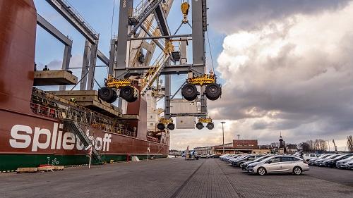 Suwnice RTG z El Professional w Porcie Gdańsk wyruszyły do terminalu kontenerowego w Afryce (video, foto)-GospodarkaMorska.pl