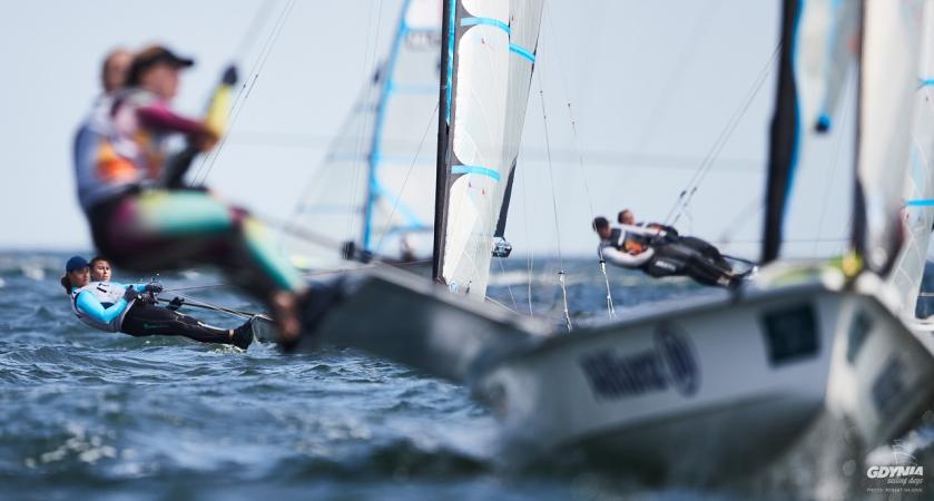 Gdynia Sailing Days. Polscy żeglarze na czele mistrzostw świata juniorów w klasie 49er [ZDJĘCIA]-GospodarkaMorska.pl