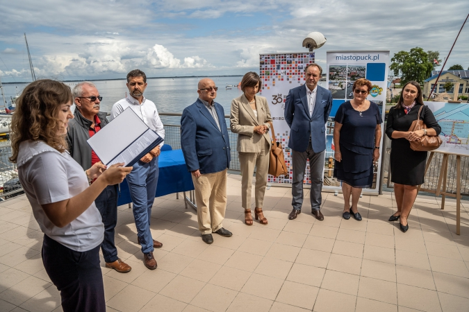 NDI rozbuduje port w Pucku: Burmistrz: