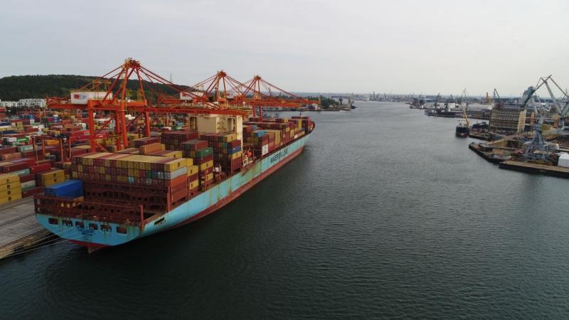 MSC Ellen wyrównuje rekord wielkości statku w Porcie Gdynia [WIDEO, ZDJĘCIA]-GospodarkaMorska.pl